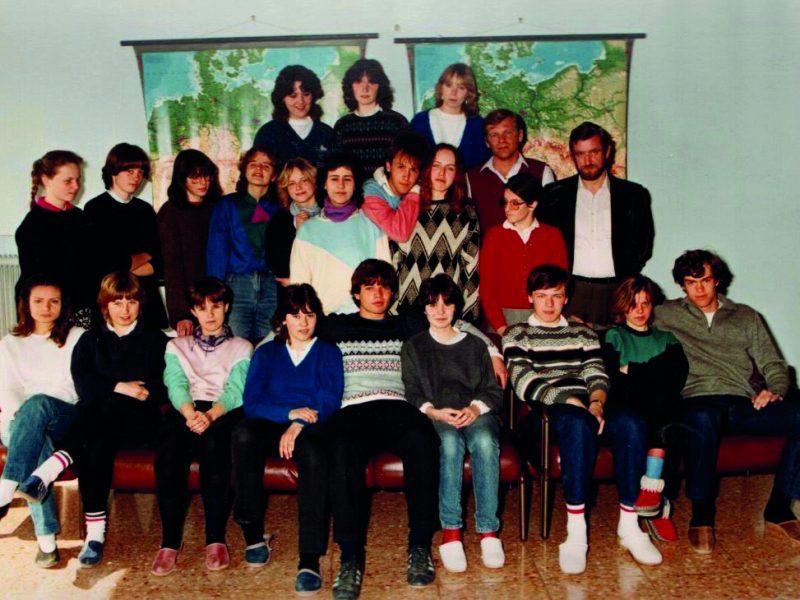 1983_84 8A